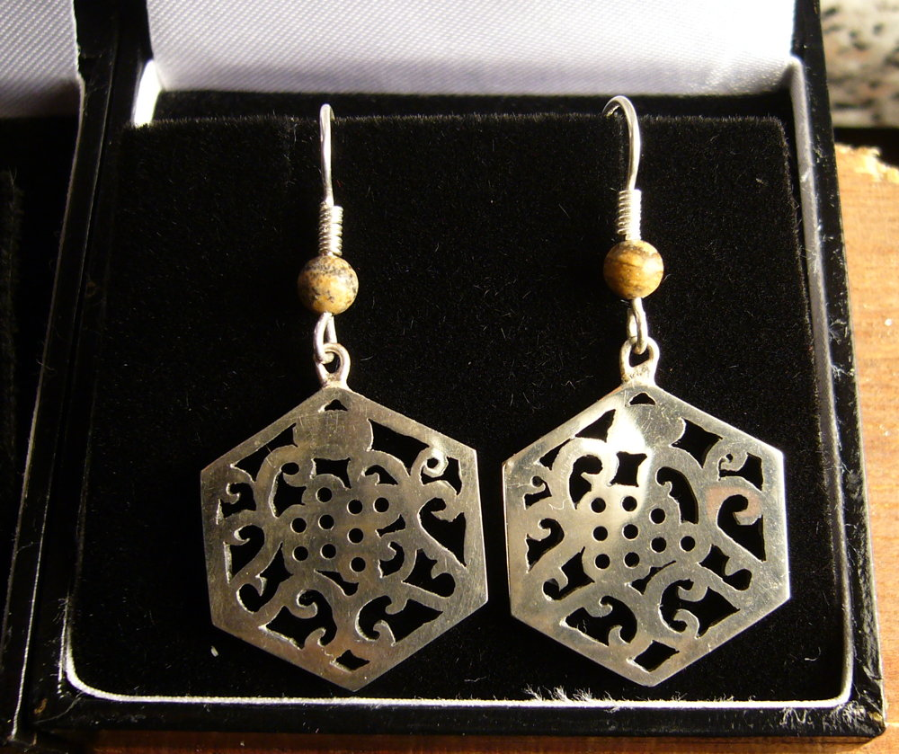 Hexagonal English Earrings